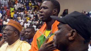 Le taekwondiste Abdoulrazak Alfaga lors d'une cérémonie à Niamey, après qu'il a décroché la médaille d'argent aux Jeux olympiques de 2016. (BOUREIMA HAMA / AFP)