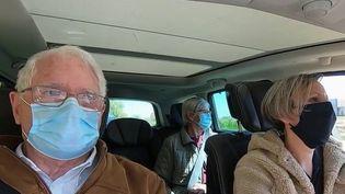 Vaccin contre le Covid-19 : ces élus des zones rurales qui prennent les choses en main  (France 3)