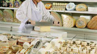 """La société Mounier a annoncé, le 10 août 2018, avoir rappelé des lots de fromages au lait de chèvre """"Pélardon"""", en raison d'une suspicion de contamination à la salmonelle. (INFRA / PHOTONONSTOP / AFP)"""