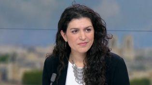 Témoin de ce qu'il se passe en Syrie et en Irak, Elise Boghossian est invitée sur le plateau du 13 Heures de France 2, ce jeudi 12 janvier. (France 2)