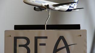 Le logo du BEA, le bureau d'enquêteet d'analyse qui a rendu un rapport en 2012 sur ce crash. (BERTRAND GUAY / AFP)