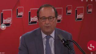 L'ancien président de la République, François Hollande, invité de France Inter le 25 mai 2020. (FRANCE INTER / RADIO FRANCE)