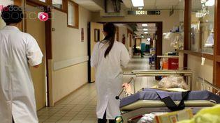 """Pour 300 médecins, le plan santé """"ne se donne pas les moyens de ses ambitions"""""""