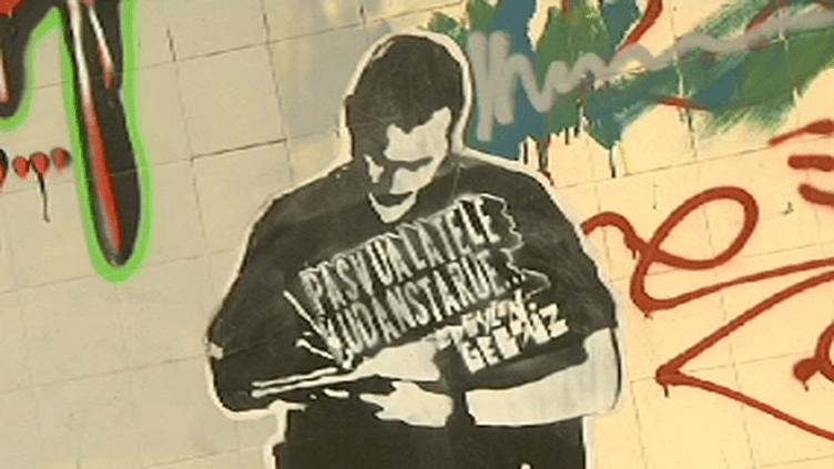 """Exposition de Street Art """" Ici bientôt """" aux abattoirs de Marseille  (Culturebox/France3)"""