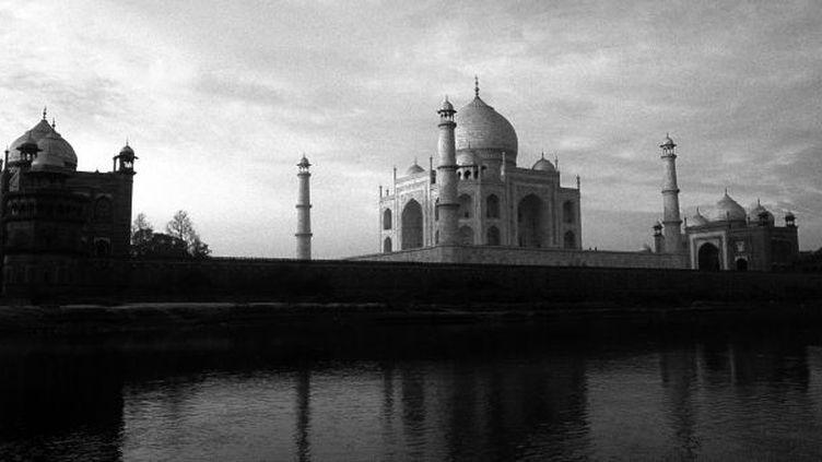 Le Taj Mahal, impassible reflet de l'amour d'un prince pour sa femme  (WILFRIED LOUVET /AFP)
