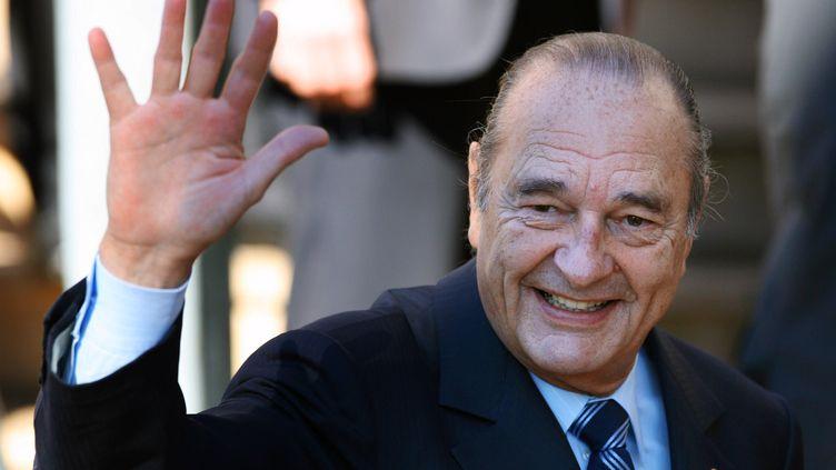 L'ancien président Jacques Chirac à l'ouverture du sommet France-Afrique à Cannes, le 25 février 2017. (PATRICK KOVARIK / AFP)