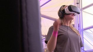 Emploi : 10 000 recrutements annoncés par Facebook pour son monde virtuel (France 3)