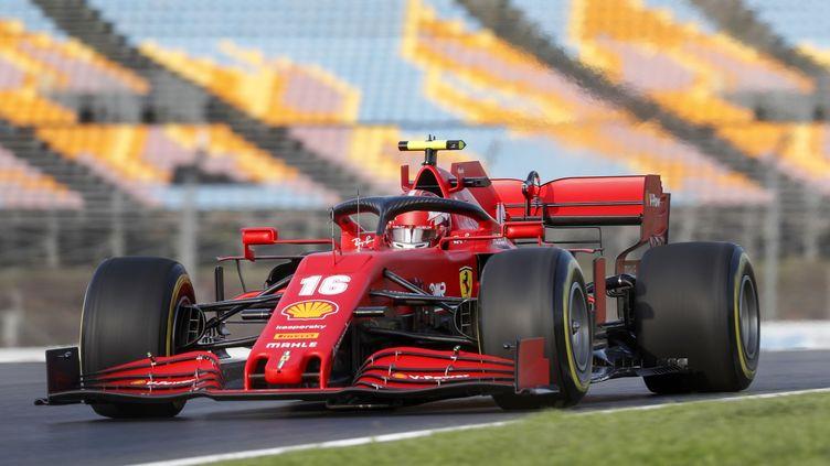 Le Monégasque Charles Leclerc au volant de la Ferrari (MURAD SEZER / POOL)