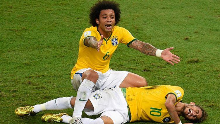Neymar au sol (ODD ANDERSEN / AFP)