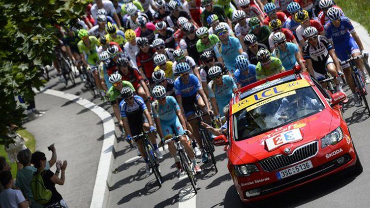 Le peloton du Tour de France 2014 (LIONEL BONAVENTURE / AFP)