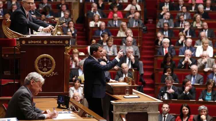 Le Premier ministre, Manuel Valls, prononce son premier discours de politique générale, le 8 avril 2014, à l'Assemblée nationale. (CHARLES PLATIAU / REUTERS)