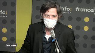 "Christophe Ernault, fondateur du journal ""Schnock"". (FRANCEINFO / RADIO FRANCE)"