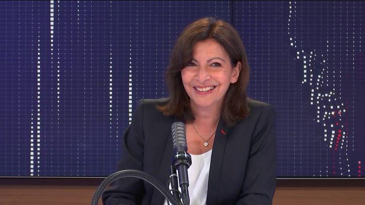 """La maire PS de Paris, Anne Hidalgo était l'invitée du """"8h30franceinfo"""",mercredi 23juin 2021. (FRANCEINFO / RADIOFRANCE)"""