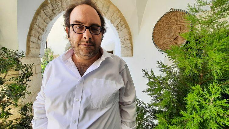 Le chef cuisinier palestinien Fadi Kattan, dans sa maison de Bethléem. (FREDERIC METEZEAU / RADIO FRANCE)