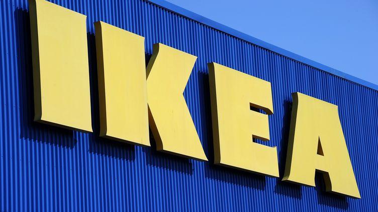 Un Ikea à Montpellier (Hérault), le 27 mars 2013. Le groupea annoncé que ses serveurs informatiques avaient été surchargés par des candidatures en vue de l'ouverture d'un magasin dans la banlieue de Valence, en Espagne. (PASCAL GUYOT / AFP)