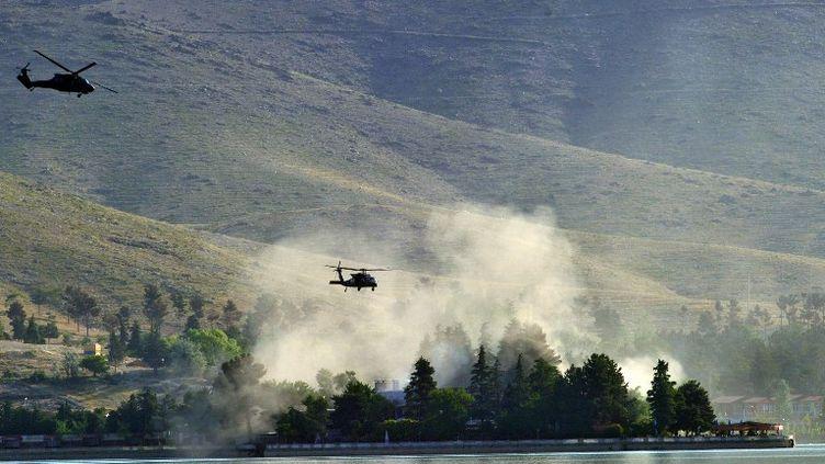 L'Hôtel Spozhmai, pris d'assaut par des talibans, près de Kaboul (Afghanistan), le 22 juin 2012. (MASSOUD HOSSAINI / AFP)