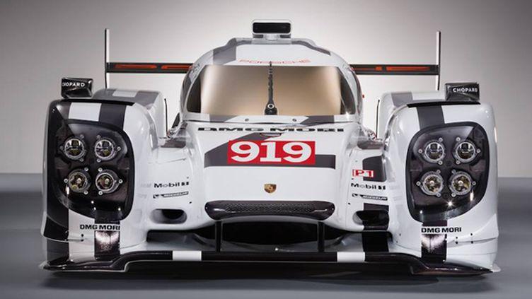 La Porsche 919 Hybrid se dévoile