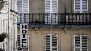 Illustration d'un hôtel à Paris, le 6 août 2020. (ALAIN JOCARD / AFP)