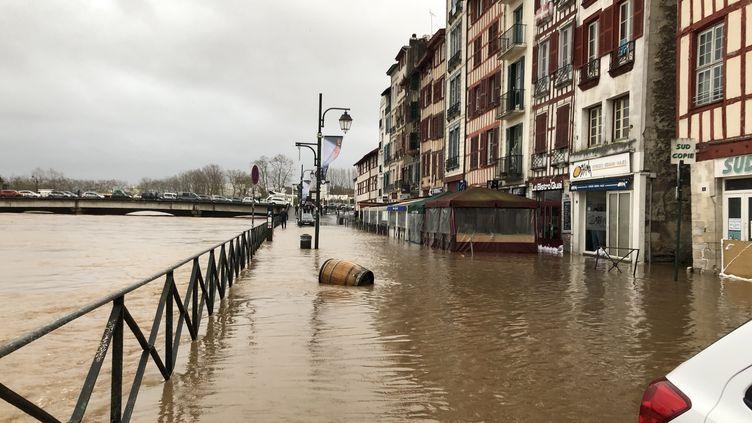 La ville de Bayonne, au Pays Basque, totalement inondée, le 13 décembre 2019. (ANTHONY MICHEL / FRANCE-BLEU PAYS BASQUE)