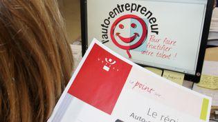 Un document pour devenir auto-entrepreneur. (MAXPPP)