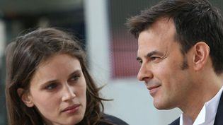 """François Ozon et Marine Vacth, l'héroïne de son dernier film, """"Jeune et jolie"""", à Cannes (mai 2013)  (Loïc Venance / AFP)"""