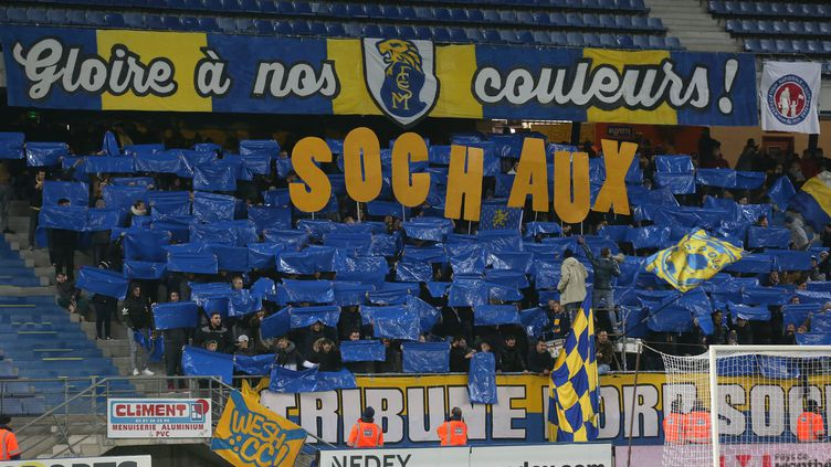 Le kop de Sochaux attend le PSG de pied ferme (LIONEL VADAM  / MAXPPP)