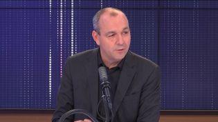 """Laurent Berger,secrétaire général de la CFDT était l'invité du """"8h30franceinfo"""", jeudi 30septembre 2021. (FRANCEINFO / RADIOFRANCE)"""