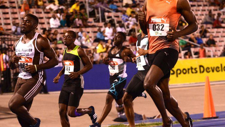 Le patron du sprint mondial, Usain Bolt, à l'arrivée aux sélections de Jamaïque (RICARDO MAKYN / AFP)