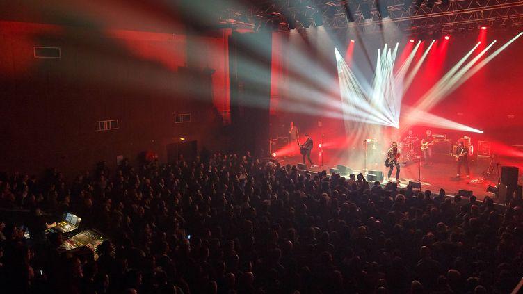 Un concert en configuration normale, pré-pandémie, à La Coopérative de Mai, salle de musiques actuelles de 1.500 personnes à Clermont-Ferrand. (YANN CABELLO)