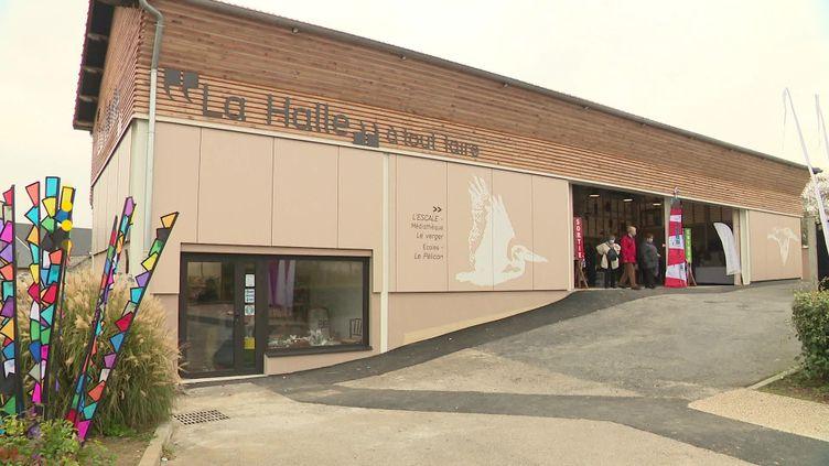 La halle à tout faire est née dans le village de Saint-Jouin-Bruneval après deux ans de réflexion. (France Télévisions)