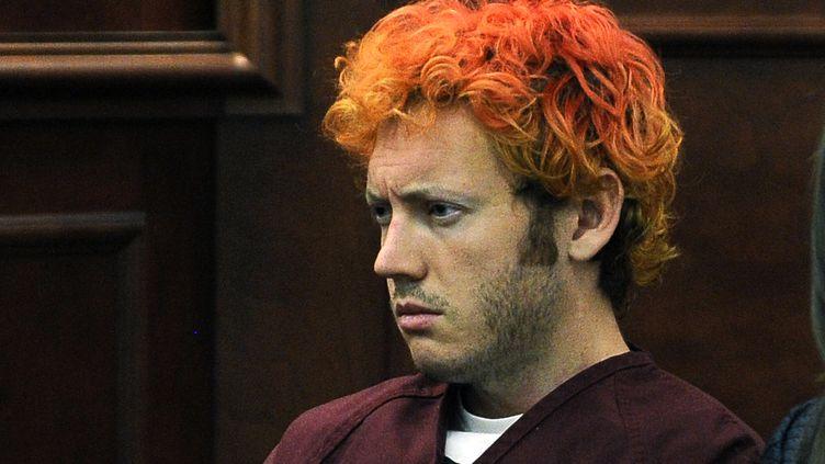James Holmes, auteur présumé de la tuerie d'Aurora, le 23 juillet 2012 lors de sa présentation devant le tribunal à Aurora (Colorado). ( RJ SANGOSTI / REUTERS)