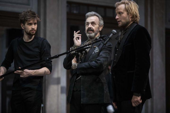 """Stéphane Varupenne (Marcel Proust et Serge Bagdassarian (Baron de charlus) dans """"Le Côté de Guermantes"""" (Jean-François Fernandez)"""