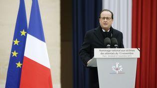 François Hollande le 27 novembre aux Invalides, pendant une cérémonie d'hommage nationalaux victimes des attentats du 13 novembre. (PHILIPPE WOJAZER / AFP)