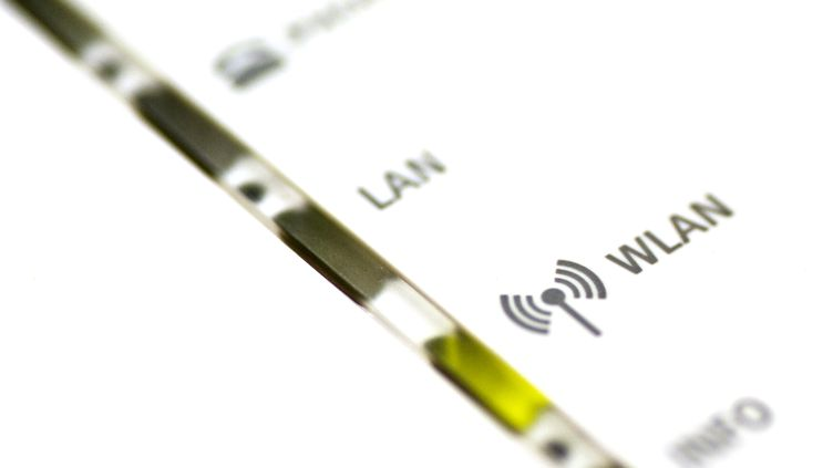 La faille Krack Attacks, révélée le 16 octobre 2017, manipule la procédure de chiffrement qui se met en place lorsqu'un nouvel appareil se connecte à un réseau wifi en utilisant le protocole WPA2. (WAKILA / E+ / GETTY IMAGES)