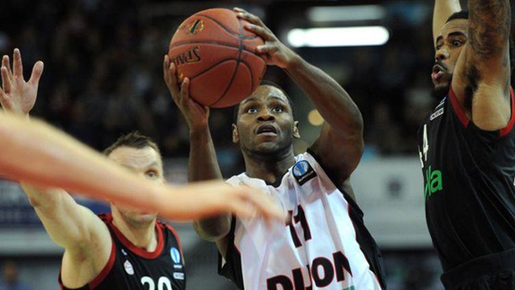 Le meneur de Dijon Erving Walker a marqué 43 pts face à Bourg-en-Bresse (CHRISTOF STACHE / AFP)