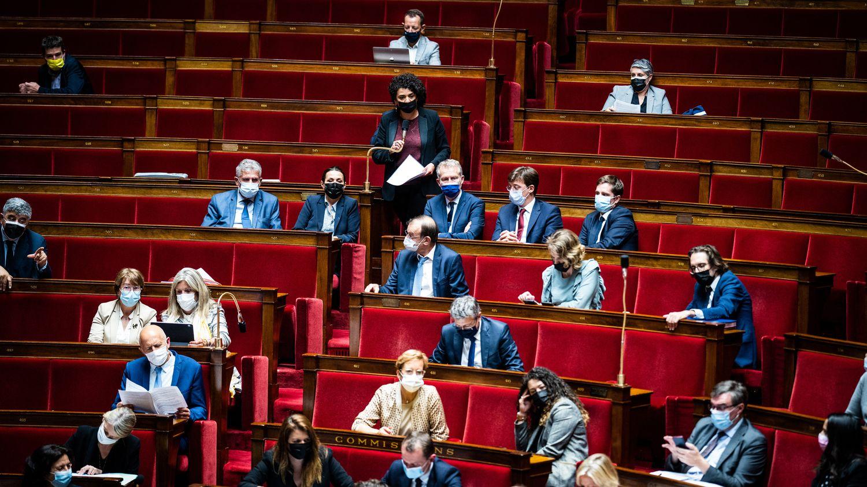 Les députés ont voté par 156 voix pour, 60 contre et 14 abstentions ce texte qui traduit les annonces du 12 juillet d'Emmanuel Macron.