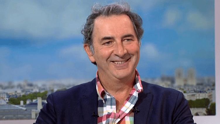 """François Morel invité de France 2 pour """"Hyacinthe et Rose"""" son spectacle joué au Théâtre de l'Atelier  (France 2 / Culturebox)"""