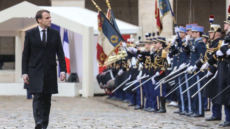 Emmanuel Macron, lors de la cérémonie en hommage à Arnaud Beltrame, le 28 mars 2018. (LUDOVIC MARIN / POOL)