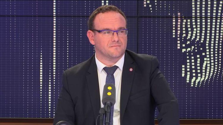 Damien Abad, vice-président des Républicain et deputé de l'Ain sur franceinfo. (FRANCEINFO / RADIOFRANCE)