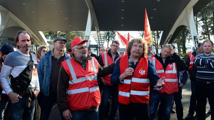Le délégué syndical central CGT de Renault, Fabien Gache, le 22 février 2019, au Mans. (JEAN-FRANCOIS MONIER / AFP)