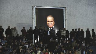 Des sympathisants du Front national de libération (FNL) lors d'un rassemblement à Alger (Algérie), le 9 février 2019. (RYAD KRAMDI / AFP)