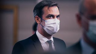 Le ministre de la Santé, Olivier Véran, à Paris, le 22 avril 2021. (CHRISTOPHE MICHEL / HANS LUCAS / AFP)