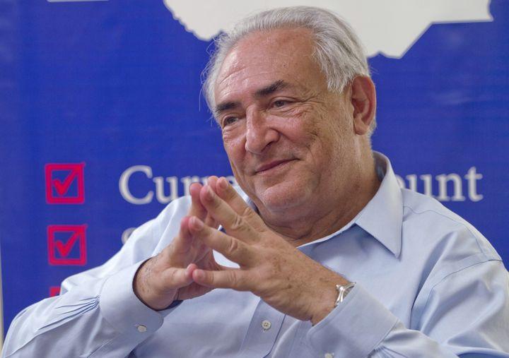 L'ancien patron du FMI, Dominique Strauss-Kahn, lors d'une visite à Djouba (Soudan du Sud), le 14 mai 2013. (ALI NGETHI / AFP)