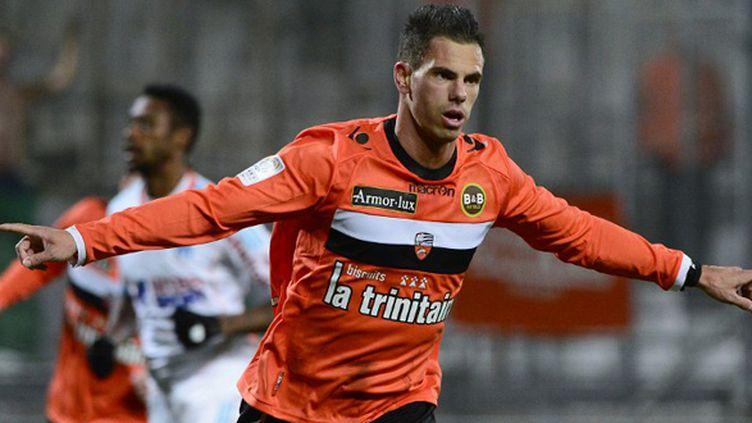 Jérémy Aliadière jouera t-il encore sous les couleurs lorientaises la saison prochaine ?  (BORIS HORVAT / AFP)