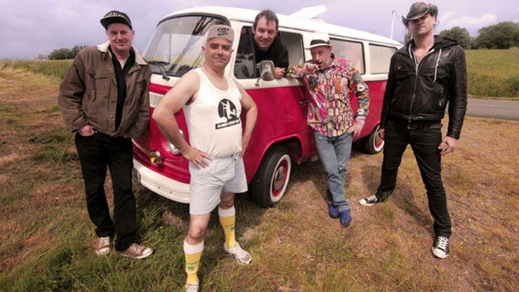 Toujours aussi déjantés, les Elmer Food Beat sont sur la route pour présenter leur nouvel album.  (Charlie Mars)