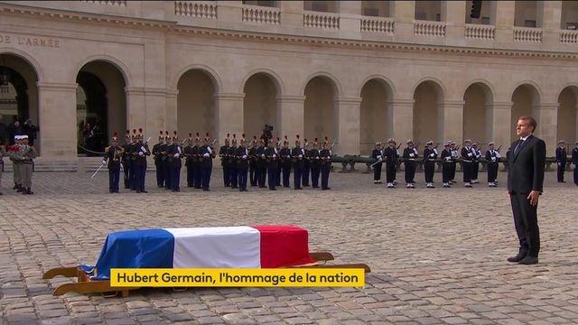 La Marseillaise after Emmanuel Macron's speech