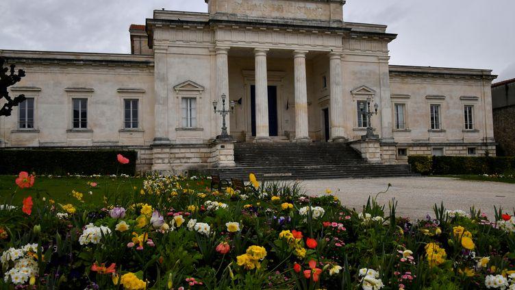 Le tribunal de Saintes (Charente-Maritime), le 29 février 2020. (GEORGES GOBET / AFP)