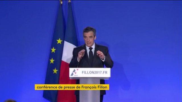 """Fillon devant la presse : """"Je présente mes excuses aux Français"""""""