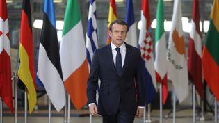 Le président Emmanuel Macron arrive au sommet européen à Bruxelles (Belgique), le 13 décembre 2018. (LUDOVIC MARIN / AFP)