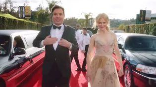Jimmy Fallon et Nicolae Kidman, lors du clip de lancement de la cérémonie des Golden Globes, le 9 janvier 2016. (NBC)